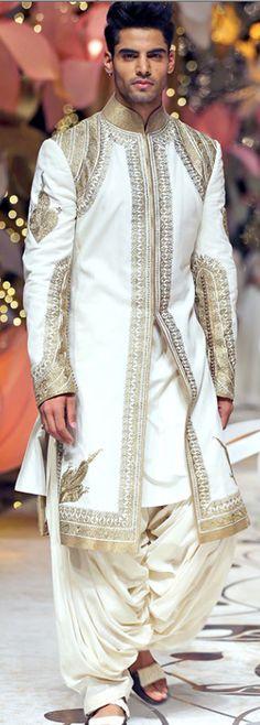 Royal TOuch Patiala Sherwani