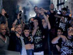 David Guetta & Chris Willis ft Fergie & LMFAO - Gettin' Over You (Official videoclip) Freak Music, Dance Music, Music Is Life, Music Songs, Music Videos, Sound Of Music, Good Music, My Music, David Guetta