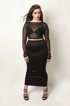 CLEARANCE - FINAL SALE ITEM - NO REFUNDS/RETURNS Rebdolls is an unapologetic apparel brand that produces missy and plus fashion in sizes 0 to 32. Established in NYC, the brand understands that a woman