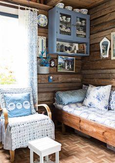 The Little Hermitage Shabby Chic Furniture, Rustic Furniture, Furniture Design, Handmade Furniture, Shabby Chic Cottage, Cottage Style, Knotty Pine Decor, Tiny Log Cabins, Swedish Decor