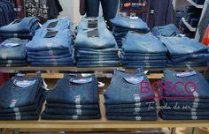 La más grande variedad de #Jeans la encuentras con nosotros.  ¡Somos #TuModaDeSer!