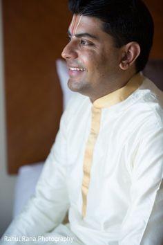 Groom Fashion http://maharaniweddings.com/gallery/photo/23093 @r4hulr