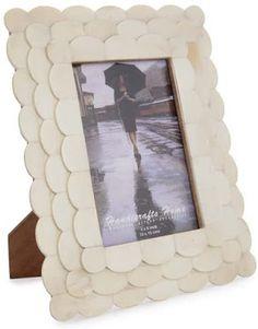 Emma Courtney: Amazon Home Decor Favourites Amazon Home Decor, Home Decor Items, 4x6 Picture Frames, Beaded Garland, Candlestick Holders, Handicraft, Decorative Items, Current Time, Handmade