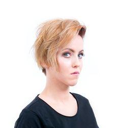 Strzyżenie w sekcji podkowy z wykorzystaniem techniki undercuting'u oraz koloryzacja dualna - Strzyżenie damskie z koloryzacją   STEP4HAIR  #ombre #ombrehair #hair #fashion #2016 #hairdressing #spring #summer