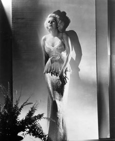 Jean Harlow - Photo by George Hurrell (1934)