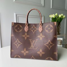 I looove this new LV reverse giant monogram bag. So quirky but edgy.You can find Louis vuitton monogram and more on our website.I looove . Pochette Louis Vuitton, Louis Vuitton Handbags, Louis Vuitton Monogram, Hermes Handbags, Fashion Handbags, Fashion Bags, Replica Handbags, Cheap Handbags, Burberry Handbags