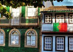 GUIMARAES, PORTUGAL   by toyaguerrero