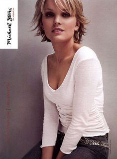 Layered hair is always a classy look, and it is important to realize that you don't have to have long hair to enjoy a short choppy hair look. Short Choppy Haircuts, Shaggy Short Hair, Short Shag Hairstyles, Cool Hairstyles, Long Pixie, Hairstyles Haircuts, Shag Hair Cut, Short Choppy Layered Haircuts, Short Fine Hair