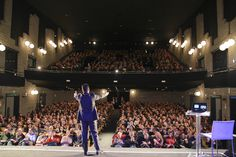 Teatro SOLD OUT, oltre 900 persone in teatro!