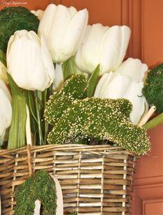 Spring Door Basket- A beautiful way to decorate your door!