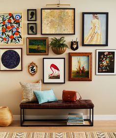 4 Smart Strategies for Creating a Stylish Gallery Wall — Real Simple Eclectic Gallery Wall, Gallery Wall Layout, Eclectic Wall Decor, Gallery Wall Art, Gallery Wall Bedroom, Eclectic Frames, Gallery Wall Shelves, Gallery Wall Staircase, Colorful Frames
