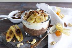 Chia-Pudding Grundrezept: Schokoladen Chia-Pudding mit gebackenen Bananen