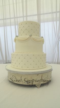 elegant royal blue and white wedding cake ideas, add royal blue orchids, buttercream with fondant swags, buttons, quilting and silver dragees Round Wedding Cakes, White Wedding Cakes, Wedding Party Songs, Wedding Ideas, Wedding Things, Wedding Stuff, Wedding Venues, Beautiful Cakes, Amazing Cakes