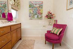 Papillons Master Bathroom