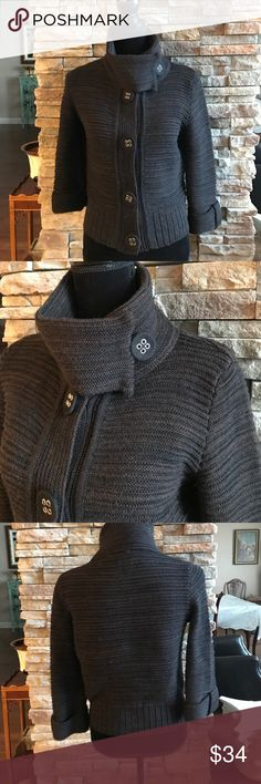 """Italian black sweater 19 3/4"""" long.  It has large snap buttons. It. Is wool and acrylic. This won't last long, so don't wait!  WHE-01 lo ri Sweaters Cowl & Turtlenecks"""