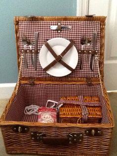 picnic basket man guy gift Boyfriend Ideas, Picnic, Guy, Basket, Gifts, Outdoor, Outdoors, Presents, Picnics