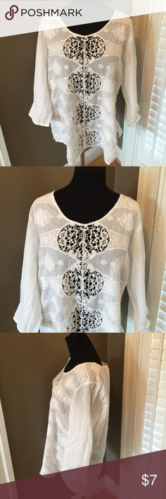 CHICO'S BOHO LACY WHITE TOP SZ 1 Great top Chico's Tops Blouses
