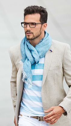 Smart casual in pale blue and white #mens #fashion #scarf