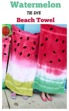 Make these easy tie dye, low-mess watermelon beach towels before you head to the beach! Kids love them! tye dye shirts with paint Tie Dye Crafts, Crafts To Do, Crafts For Kids, Tye Dye, Summer Crafts, Summer Fun, Beach Crafts, Summer Ideas, Tie Dye Party