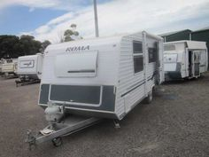 "Roma Southline 2006 17'6""..... Single Axle...... Roll-out awning with shade cloth side...... Front Boot....... Rear kitchen includes.....cook-top 1 x electric and 3 gas burners.....oven.....range-hood......3 way fridge......r/c air conditioning..... Central L shaped dine area with couch opposite..... front Double bed with under bed storage.......TV.... Stainless Steel Venetian blinds through out very light and airy...... Mass: 1350kg.....GTM: 1530kg.....ATM: 1650kg calculated ball weight…"