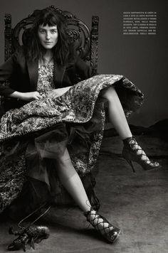 Vogue Itália Abril 2014 | Tabitha Simmons por Craig McDean  [Editorial]