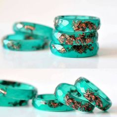 New resin ring in my shop! Find the link in my description :) #resinjewelry #stackingrings #emeraldgreen #resityshop