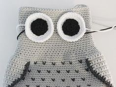 Amigurumi Owl Making Crochet Owl Pillows, Crochet Birds, Crochet Animals, Owl Crochet Pattern Free, Crochet Basket Pattern, Knitted Owl, Knitted Hats, Crochet Poncho, Crochet Hats