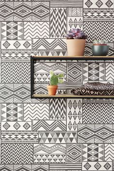 Ethnic patterns give any wall some Wanderlust @Eijffinger Black & Light wallpaper