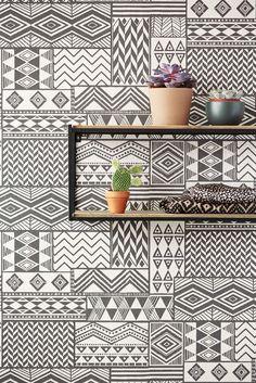 Ethnic patterns give any wall some Wanderlust @Eijffinger Black & Light