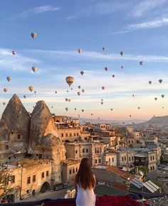 Stunning view from the @sultan_cave_suites rooftop in Turkey. #turkey #uniquehotels #unique#landscape #europe #doorsofcappadocia#cappadocia #beautifuldestinations#getaway #hotel #mountains #hotel #design#pool #travel #vacation #igtravel #design#architecture #trip #swimmingpool#bestvacations #wonderful_places #regram #beauty #picoftheday #tlpicks #love #tlpicks#beautifulhotels #hotairballoons by uniquehotels