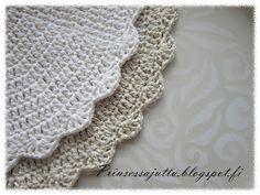 Prinsessajuttu: Kattausliinat (ohje) Lace Shorts, Women, Ideas, Crochet Round, Paths, Princess, Crocheting, Thoughts, Woman