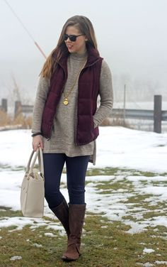 How to Wear a Maroon Vest - Puppies & Pretties Navy Vest Outfit, Puffer Vest Outfit, Leggings Outfit Winter, Maroon Leggings, Tunic Leggings, Tribal Leggings, Printed Leggings, Winter Fashion Casual, Fall Winter Outfits