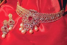Jewellery Designs: Fascinating Diamond Neck Piece