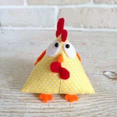 Chicken Pattern, Lucky - Free Sewing Pattern • Craft Passion Chicken Toys, Chicken Crafts, Stuffed Chicken, Doorstop Pattern, Softie Pattern, Sewing Stuffed Animals, Stuffed Animal Patterns, Fabric Crafts, Sewing Crafts