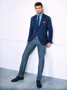 Gerard Piqué Returns for H. by Mango Fall/Winter 2012 Campaign Mens Fashion Blog, Look Fashion, Looks Style, Casual Looks, Men's Style, Guy Style, Style Blog, Smart Casual, Mens Style Guide