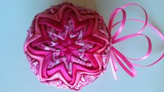 pretty in pink Folded Fabric Ornaments, Pretty In Pink, Balls, Christmas Decorations, Crafts, Christmas, Manualidades, Handmade Crafts, Craft
