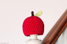Newborn Apple Hat Crochet Pattern