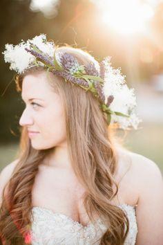 Floral crown: http://www.stylemepretty.com/2015/01/19/organic-southern-pines-north-carolina-wedding-at-the-fair-barn/ | Photography: Keepsake Memories - http://www.keepsakemp.com/