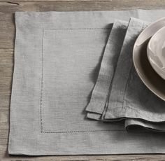 In Fog. Stonewashed Belgian Linen Hemstitch Placemats (Set of 4)