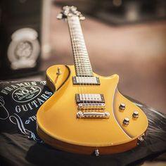 Une Warwick Panthera II Supreme Goldtop par la marque de guitare Framus. Retrouvez des cours de musique d'un nouveau genre sur MyMusicTeacher.fr