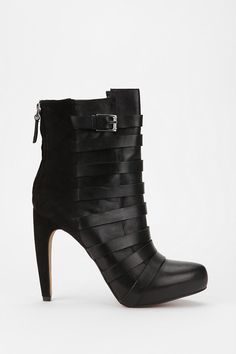 Wow, these are so amazing. Sam Edelman Kendrix Strap Ankle Boot
