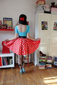 Welcome to FY Pinup Style! Here, I will post rockabilly, pinup and out of the box style for us all. Pin Up Vintage, Pin Up Retro, Look Retro, Vintage Mode, Retro Chic, Rockabilly Baby, Rockabilly Fashion, Retro Fashion, Vintage Fashion