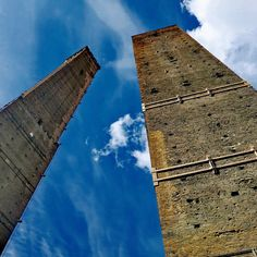 """Sempre più sù...dove il cielo é più blu"" Bologna - Instagram by lodel59"