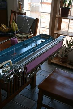 KH-218 Brother Knitting Machine this is the one I have...need to set the poor neglected thing up