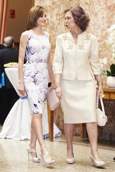 Queen Letizia together with Queen Sofia at the UNICEF award.