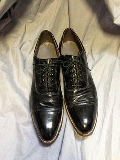 Wow, shiny! Cool 50's Connolly men's black cap toe oxfords 12 or 13 by LorrelMae, $68.00