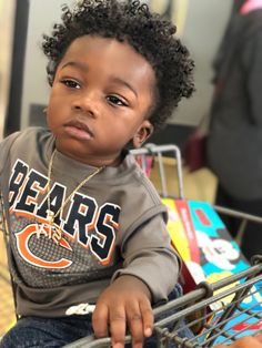 Majority of these hairstyles represent fairly easy and are a great option for novices, quick and simple toddler hairstyles. Cute Black Baby Boys, Beautiful Black Babies, Cute Baby Boy, Cute Baby Clothes, Black Kids, Cute Kids Fashion, Cute Outfits For Kids, Baby Boy Fashion, Cute Mixed Babies