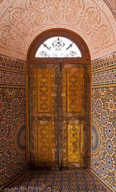 Interior of Kasbah Telouet, Morocco © Alan D Hoare, Alspict, Grand Entrance, Entrance Doors, Doorway, Cool Doors, Unique Doors, Doors Galore, The Doors Of Perception, When One Door Closes, Knobs And Knockers