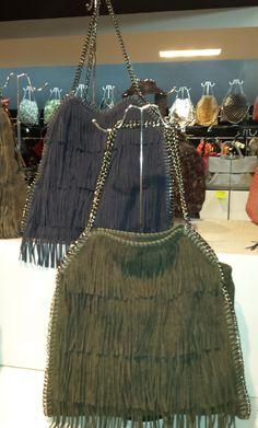 Ladies Design Faux Leather Fringed Shoulder Handbag 47,48 € su www.bandana.it
