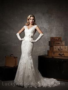 Floral Ivory Lace Cap Sleeve V-neck Mermaid Wedding Dress